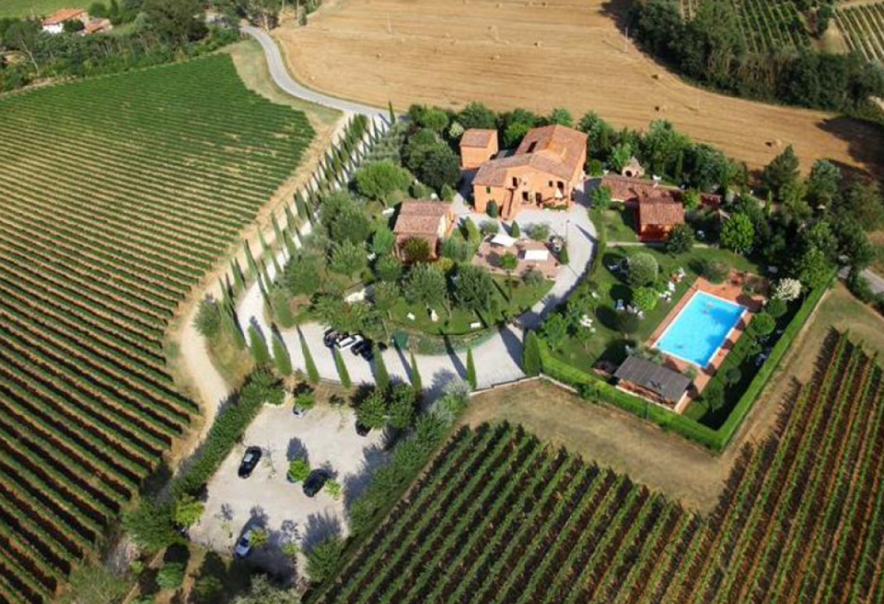 Iteresting Property, Montepulciano (SI) – Italy € 2.900.000