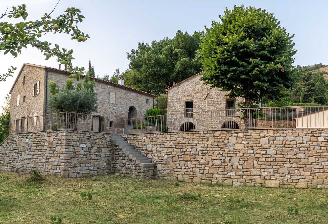 Piccolo Borgo di Charme in Alto Mugello, Marradi (FIRENZE) € 2.600.000