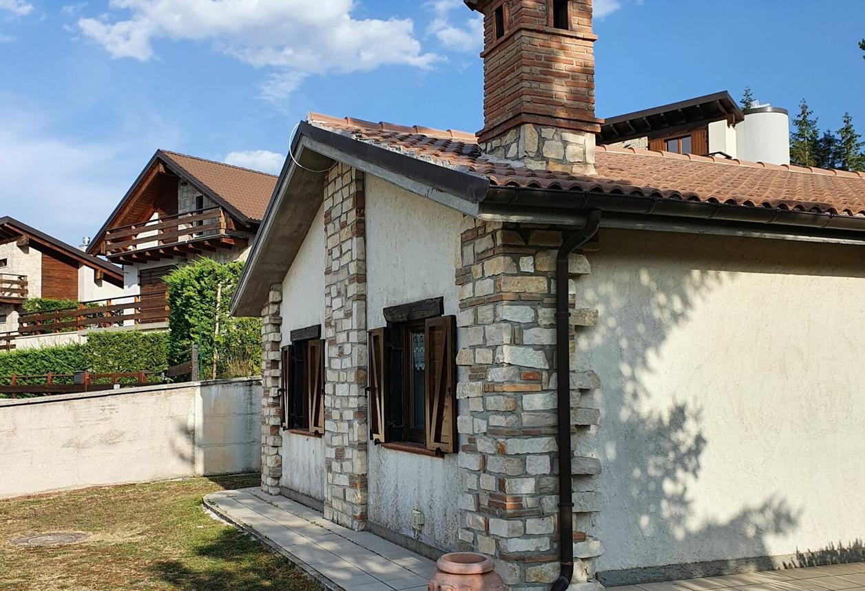 Villa Indipendente Con Vista Montagna, Ovindoli (Aq) – € 350.000
